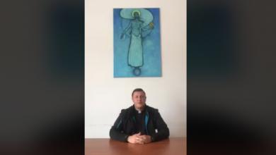Photo of Velečasni Šimatović citira Stepinca: Kad vam oduzmu sve, ostaju vam dvije ruke, sklopite ih na molitvu i tad ćete biti najjači