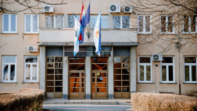Photo of REAKCIJE IZ GOSPIĆA Medijima se obratili oštrim priopćenjem i najavili pravne korake!