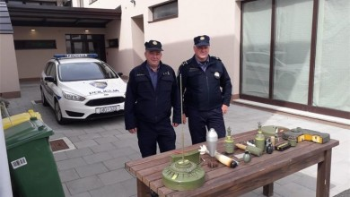 Photo of U Korenici policiji predana velika količina oružja, neće se pokretati prekršajni niti kazneni postupak