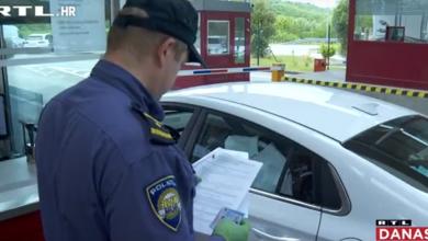 """Photo of VIDEO  Prvi turisti stigli u Hrvatsku: """"Policajac pogleda vlasnički list, upiše broj mobitela…"""""""