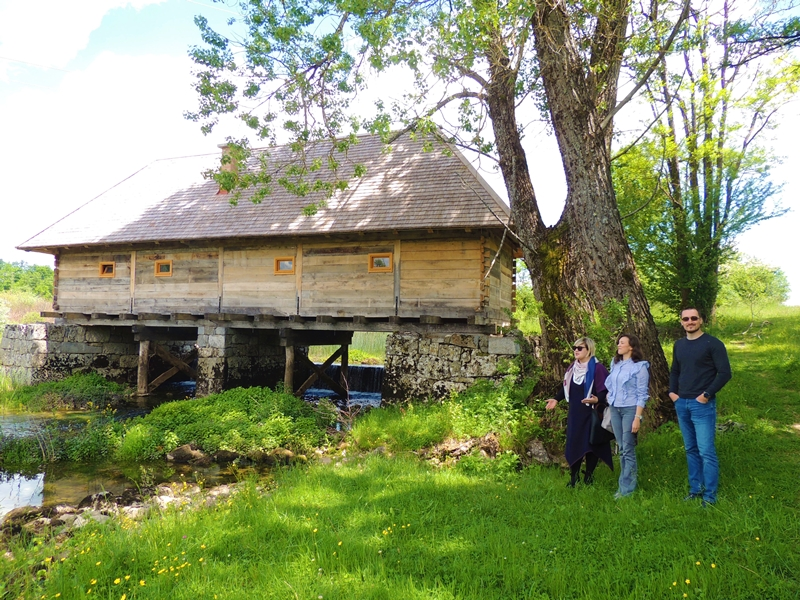Obnovljen drveni mlin kašikar u Ribniku, jedan od najstarijih u Lici