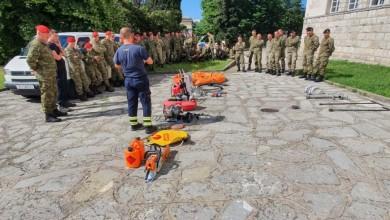 Photo of Vukovi i Pauci u obuci osposobljavanja za gašenje požara raslinja