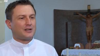 Photo of VIDEO Papa Franjo poručio da se mise ne smiju naplaćivati, evo što kaže hrvatski kler
