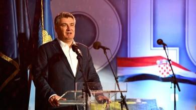"""Photo of Milanović u Kninu: """"Nikada tako veliki broj ljudi nije dugovao tako malom broju ljudi"""""""
