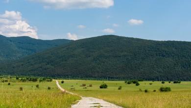 Photo of NAKON POTRESA I KORONE Raste potražnja za zemljištima i malim kućama u Lici!