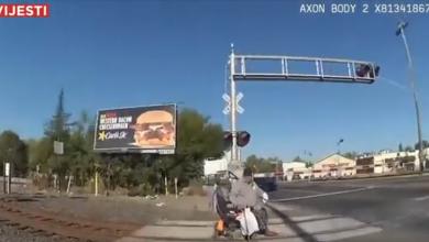Photo of VIDEO Policajka spasila čovjeka u kolicima od nadolazećeg vlaka!