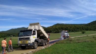 Photo of FOTO Grad Gospić asfaltirao četiri kilometra makadamskih cesta