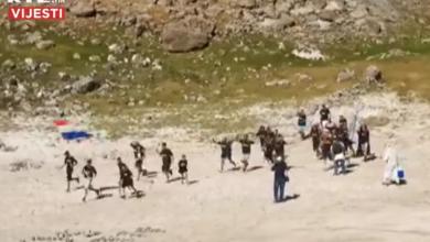 Photo of VIDEO Spektakl u Imotskom: Vilenjaci i vukodlaci zaigrali na dnu presušenog Modrog jezera