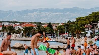 Photo of U Hrvatskoj trenutno 310 tisuća turista, kolovoz iznad očekivanja