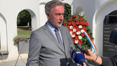 Photo of Škoro po Plenkoviću: Sramotno je da sa svoje pozicije predsjednika hrvatske vlade pozivate na linč neistomišljenika