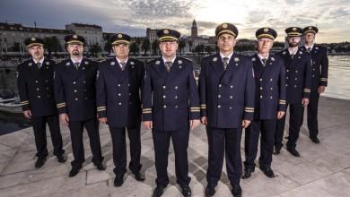 Photo of Policijska klapa Sv. Mihovil novim singlom obilježila dan svog zaštitnika