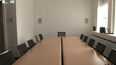 Photo of VIDEO Izmjenama zakona prepolovit će se broj lokalnih dužnosnika: Oporbi smeta nova, dosada nenajavljena izmjena