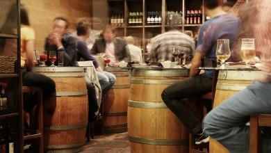 Photo of NOVE MJERE Svadbe do 15 osoba, zatvaraju se noćni klubovi, kafići rade do 22 sata…