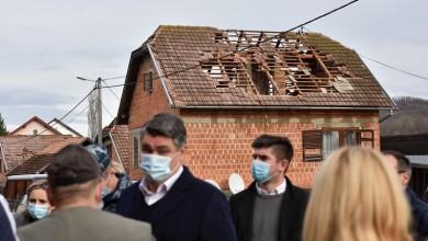 """Photo of Predsjednik Milanović u Majskim Poljanama: """"U ovakvim situacijama svi smo uz vas, postojimo svi zajedno s pravom na novi početak"""""""