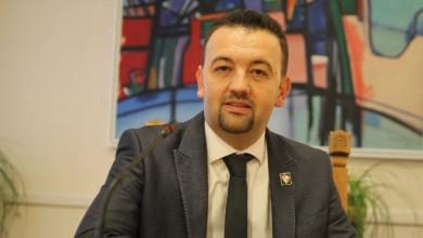 Photo of Pavliček iz Suverenista: Čelni ljudi Stožera civilne zaštite trebaju podnijeti ostavke!