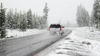 Photo of Zimski uvjeti u Gorskom kotaru i Lici, olujni vjetar zatvara ceste