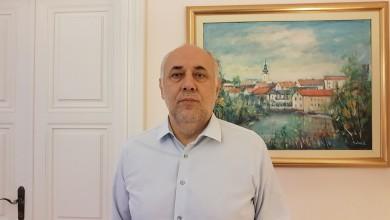 Photo of Vrkljan komentirao Josipovića: Za duboku državu i njihove dionike zakoni ne vrijede, a granica gramzljivosti ne postoji.