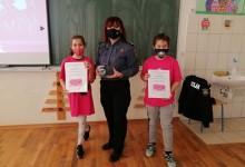 Photo of DONJI LAPAC Policajki Višnji Kulović uručen Školski Oskar za izniman doprinos u prevenciji vršnjačkog nasilja