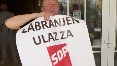 """Photo of VIDEO Vlasnik hotela zabranio ulaz SDP-ovcima: """"Ako to mogu napraviti u centru Jugoslavije, mogu i ja u centru Hrvatske'"""
