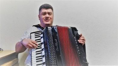 """Photo of LIČKE PRIČE – Marijan Pavletić-Refko: """"Potrebno je obratiti pažnju na ličke pjesme, napjeve, plesove jer Lika ima dosta materijala s kojim se možemo dičiti i ponositi!"""""""