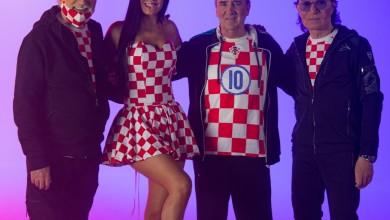 """Photo of Tri mušketira i prijatelji snimili spot za navijačku pjesmu """"Srce hrvatsko"""""""