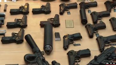 """Photo of VIDEO Više nego ikad građani su policiji predali ilegalnog oružja: """"Ne možete zamisliti na kakvim su se sve mjestima pronalazila"""""""