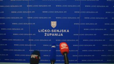 """Photo of Kostelac proziva Jankovića: """"Ne vjerujte Danajcima niti kada Vam darove nose!"""""""