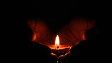 """Photo of U 21 sat zapalite svijeću za tragično umrlu djevojčicu: """"To je najmanje što možemo učiniti"""""""
