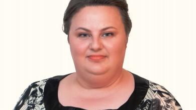 """Photo of LIČKE PRIČE – Jasna Ilić: """"Djetinjstvo uz dva brata moralo je biti i bilo je čeličenje snage i snalažljivosti u muškom svijetu"""""""