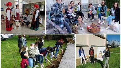 """Photo of RADIONICE, IZLOŽBE I TRADICIJSKA KULTURA Pogledajte kako je bilo na """"Festivalu znanosti"""" Odjela za nastavničke studije Gospić!"""