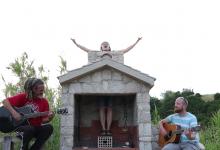 """Photo of Ane Paška i Fenge Shenge objavili su pjesmu """"Slobodna je hit"""""""