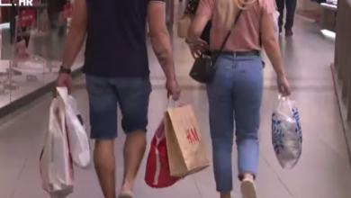 Photo of VIDEO Trgovački centri – najposjećenije destinacije! Počela su velika ljetna sezonska sniženja