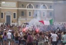 Photo of VIDEO Prosvjedi zbog mjera i cijepljenja diljem svijeta: Prosvjeduje se iz tri razloga, a evo što točno građani zahtijevaju