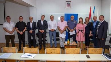 """Photo of Gospić: Predstavljen znanstveni projekt Veleučilišta """"Nikola Tesla"""" i Policijske akademije u Zagrebu"""