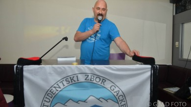 Photo of Bloger Krule stiže u Otočac! Usporedio ga sa Los Angelesom i pozvao na nastup