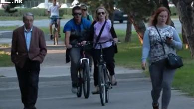 """Photo of VIDEO Biciklisti vs. pješaci: Nervoza i netrpeljivost na ulici kao da postaje sve veća: """"Sužuje se prostor pješacima. Svađe i okršaji su tu neizbježni"""""""