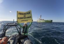 Photo of Greenpeace: Plinska platforma Ivana D nakon 316 dana još uvijek na dnu!